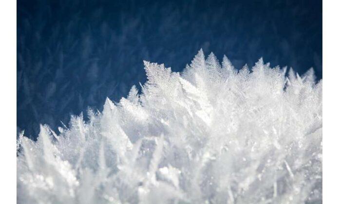 ghiaccio cristallino