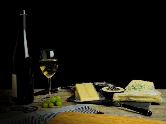 vino formaggio salute cervello