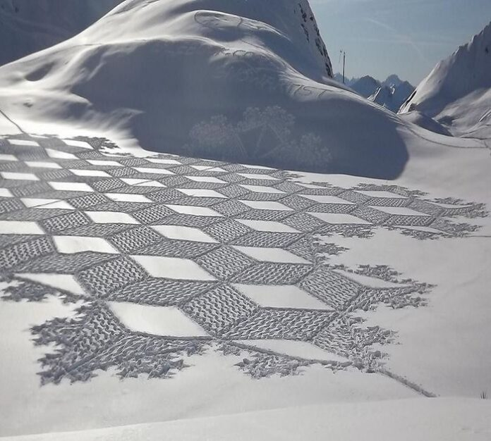Finlandia snow art