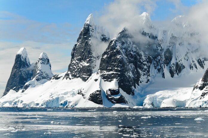 Antartico minerale marziano