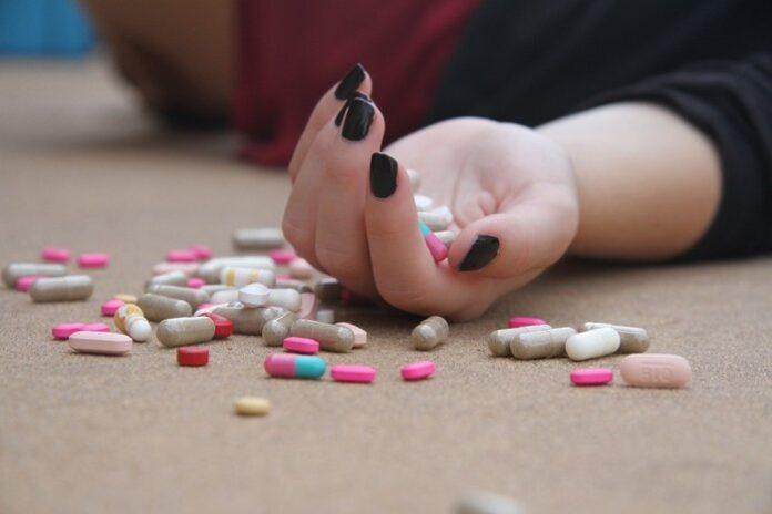 Covid-19 sintomi gravi suicidio