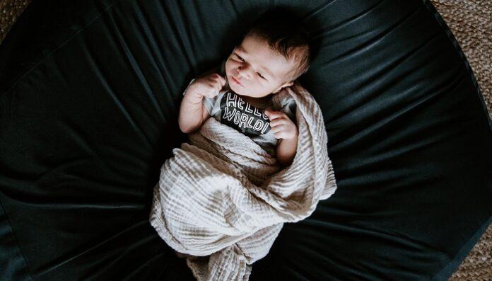 mutazioni-nascita-bambino-tre-peni