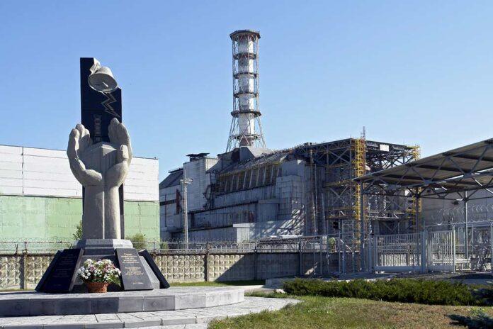 chernobyl, nucleare, fissione reattore 4