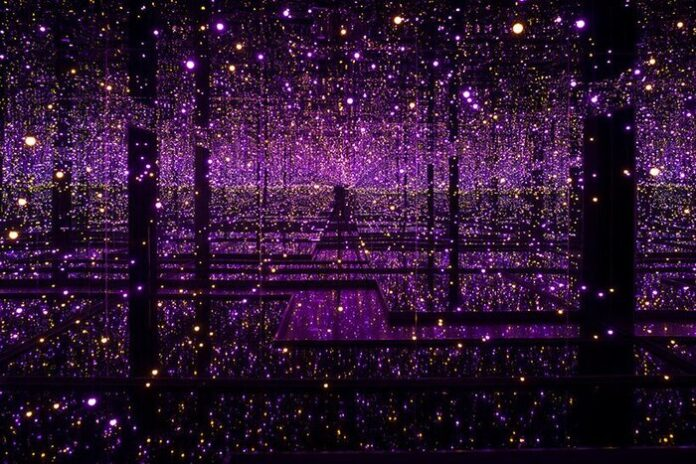 Yayoi Kusama stanze specchi infiniti