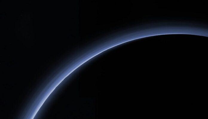 plutone-morendo-atmosfera-scompare